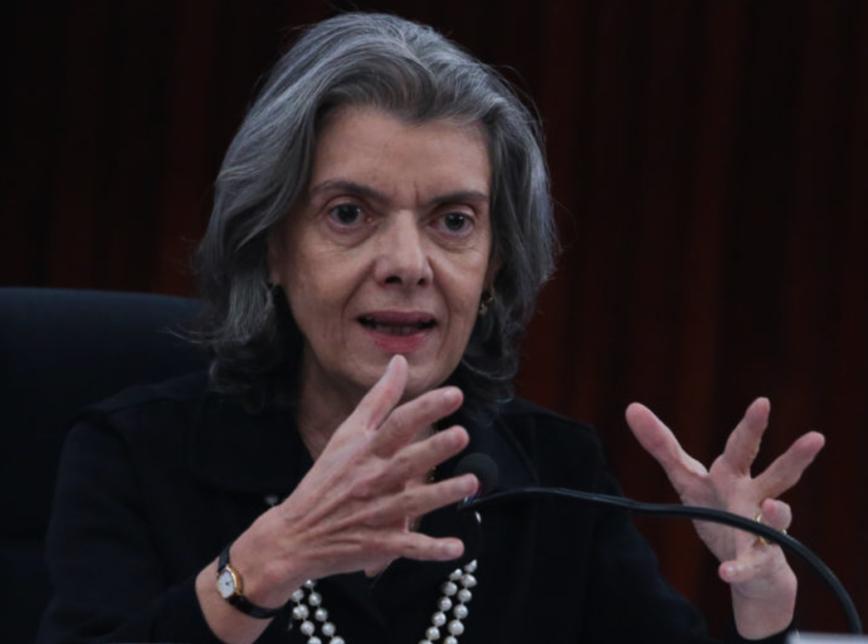 Cármen Lúcia descarta revisão de pena de Lula pelo STF