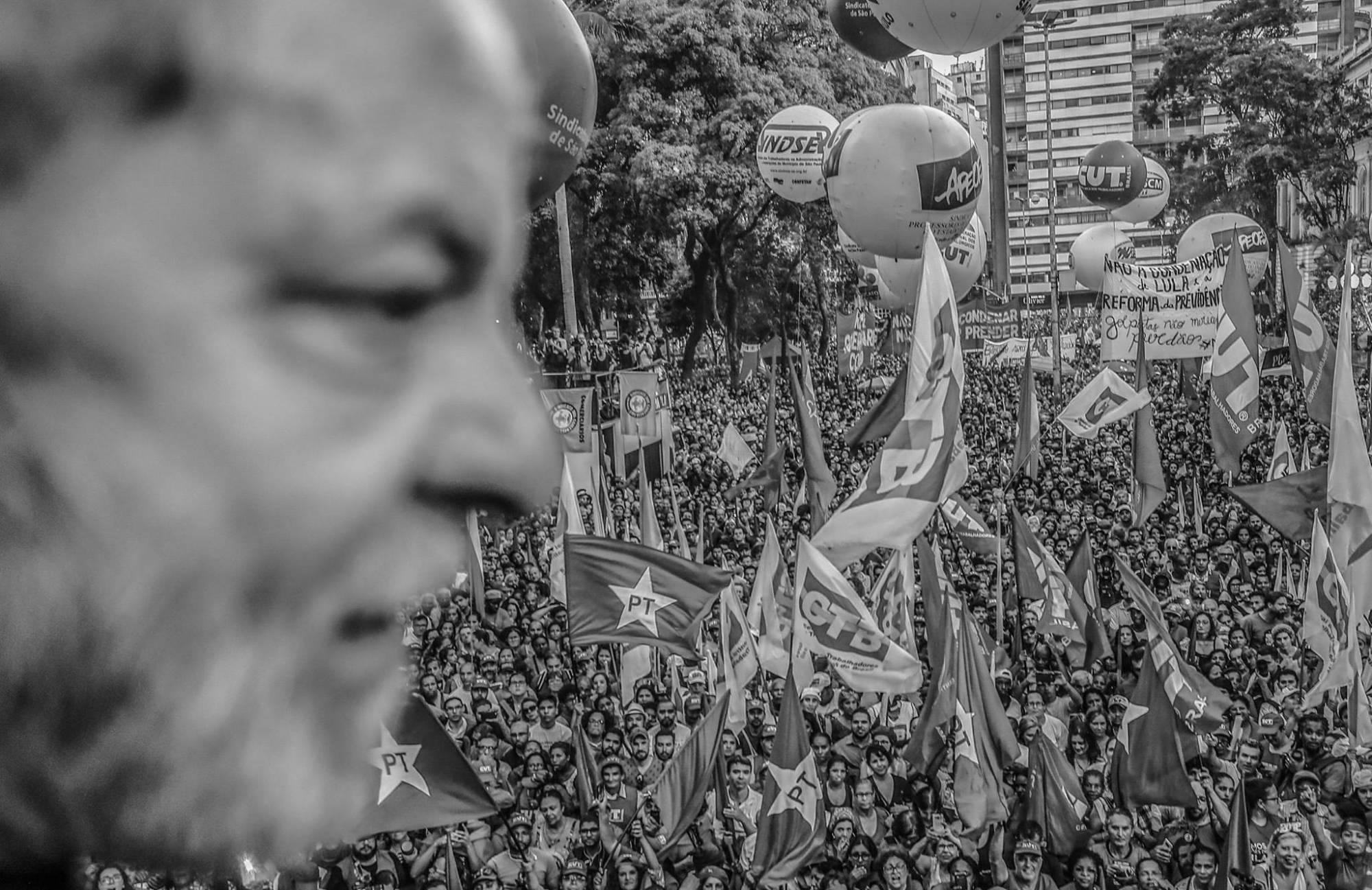 'Quanto mais me perseguem, mais subo nas pesquisas', afirma Lula