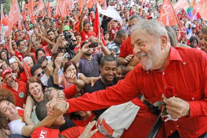 Lula começa nova caravana no fim do mês