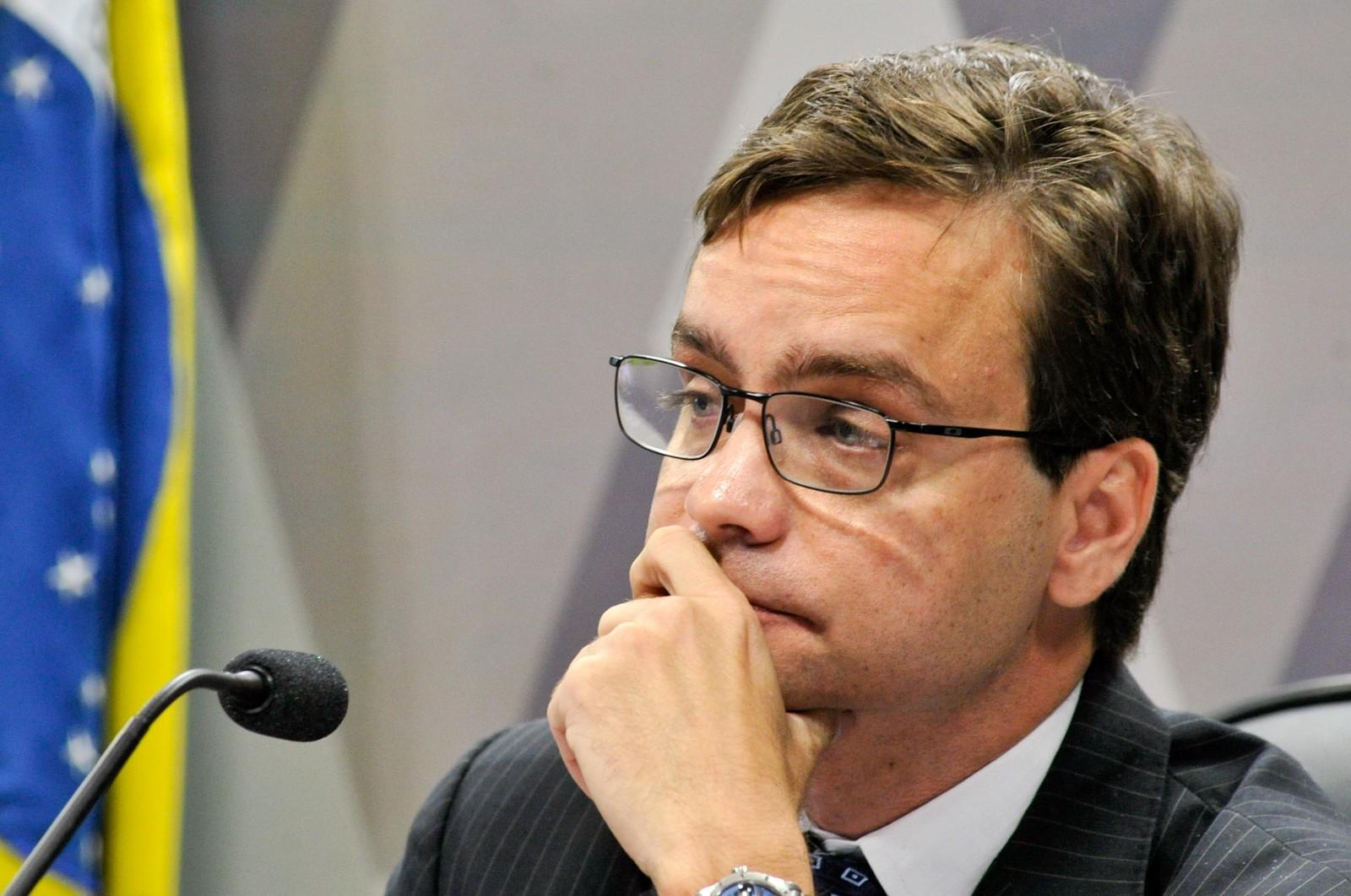 Após polêmicas, ministra de Direitos Humanos deixa o cargo