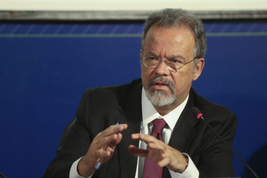 OAB vai à Justiça contra mandados coletivos de busca — Estado de exceção