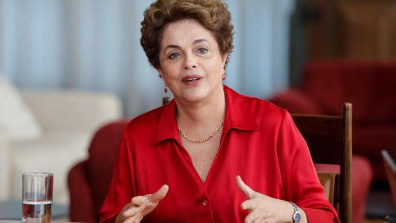 "Dilma Rousseff defende Gleisi Hoffmann: ""Farsa jurídica"""