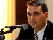 Investigação sobre gabinete de Flávio Bolsonaro na Alerj atinge 37 imóveis