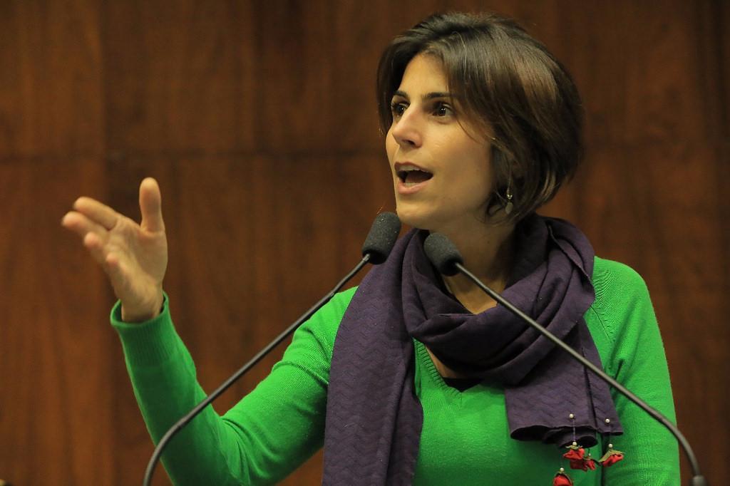 Resultado de imagem para Manuela D'Ávila