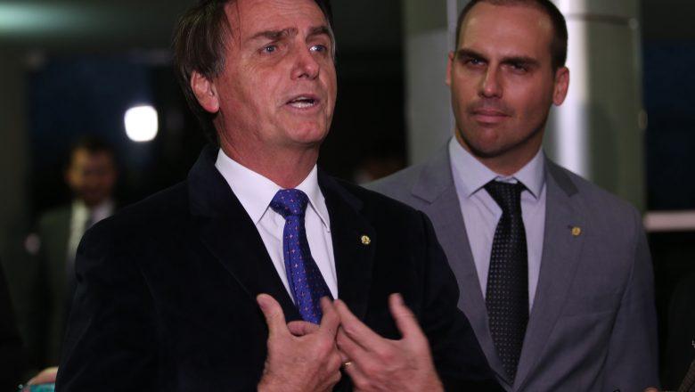 Jair Bolsonaro é denunciado no STF pelo crime de racismo