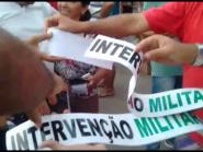 Vídeo: Extrema direita começa a distribuição de adesivos pela intervenção militar