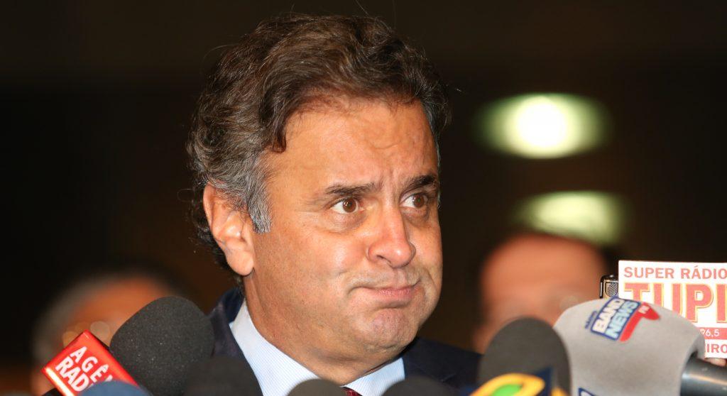 Moraes encaminha para outras instâncias processos de Aécio e mais 7 parlamentares