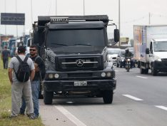 Acordo não mostra resultado e manifestação de caminhoneiros chega ao quinto dia