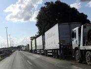 Quase 2 mil caminhoneiros se mobilizam para greve na segunda-feira