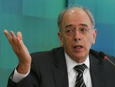 Ações da Petrobras despencam com demissão de Pedro Parente