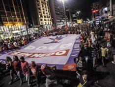 Movimentos populares reagem e convocam ato de apoio aos caminhoneiros