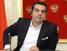 Deputado neonazista grego é expulso ao pedir que as Forças Armadas derrubem o governo