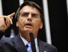 """Em sessão na Câmara, Bolsonaro elogiou grupos de extermínio: """"Meus parabéns"""""""