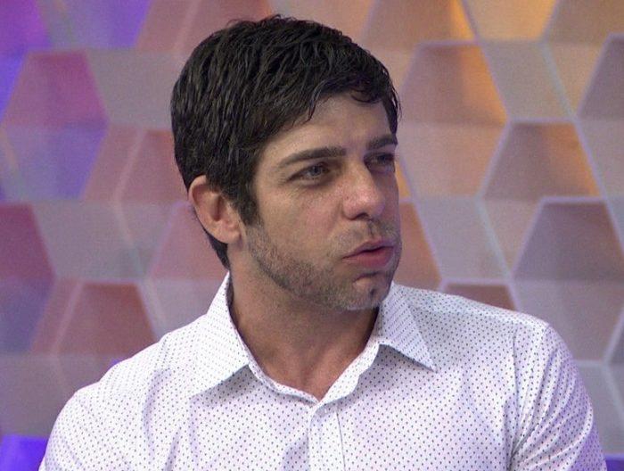 """""""Lula nós te amamos. Os canalhas não vencerão"""", diz Juninho Pernambucano"""