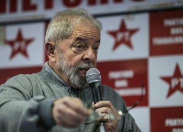 Fachin decide que recurso de Lula não será mais julgado na terça-feira