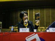 Manuela D'Ávila será a próxima entrevistada do Roda Viva
