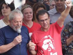 Gleisi acusa 'Estadão' de fake news com relação à candidatura de Marinho em SP