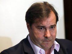 Rodrigo Maia rompe e não negocia mais com líder do governo na Câmara