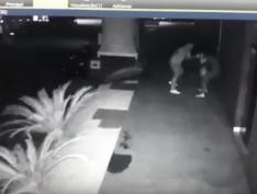 Juiz solta empresário filmado agredindo a esposa. Vídeo com imagens fortes