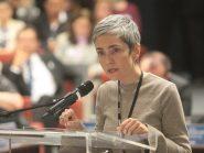 Debora Diniz convoca Tabata Amaral para debate sobre aborto