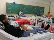 Com saúde fragilizada, grevistas de fome passam a fazer uso de camas hospitalares e cadeiras de roda