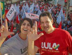 Em segundo turno, mulheres votam mais em Haddad contra Bolsonaro, diz pesquisa