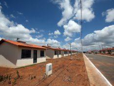 Calote do governo em construtoras pode paralisar Minha Casa Minha Vida