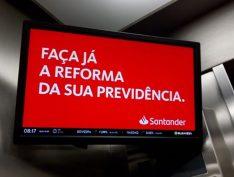 Santander lucra com desemprego e recessão econômica no Brasil e vê lucro crescer 21% no trimestre