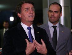 Influenciadores enganam a lei e utilizam posts pagos para divulgar Bolsonaro no Facebook