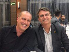 """Cotado para a Casa Civil, Onyx Lorenzoni diz que Bolsonaro não vai a debate porque """"peida, fede"""""""