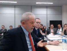 Durante depoimento, Lula diz que sua prisão é um troféu da Lava Jato. Vídeo