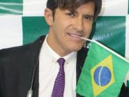 """Preterido por Bolsonaro, Dr. Rey desabafa: """"O Brasil escolhe modelos pornôs, palhaços e funkeiros"""""""