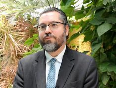 Ernesto Araújo é anunciado por Bolsonaro como ministro das Relações Exteriores
