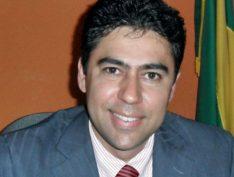 Ex-prefeito de cidade da Paraíba é morto pelo pai após ser confundido com assaltante