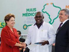 VÍDEO: É um dia triste para a saúde brasileira, diz Alexandre Padilha sobre saída de Cuba do Mais Médicos