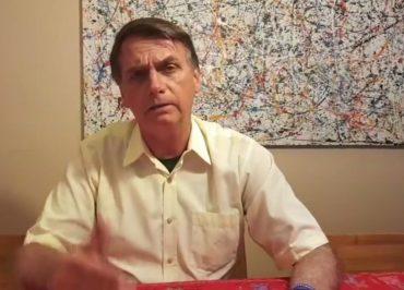 """Bolsonaro diz que governo adotará critério """"bastante rigoroso"""" para estrangeiros entrarem no Brasil"""