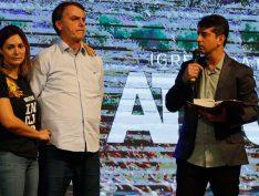 """Bolsonaro divulga vídeo de pastor que diz que ele foi """"escolhido por Deus"""" para comandar o Brasil"""