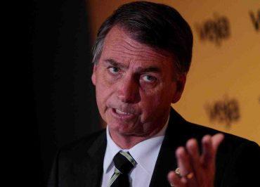 Para evitar perguntas embaraçosas, coletiva de Bolsonaro em Davos desaparece da agenda
