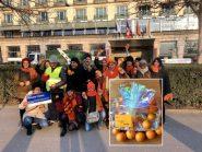 Ativistas presenteiam Bolsonaro com cesta de laranjas na Suíça