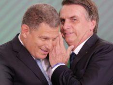 """Bolsonaro suspende exoneração de Bebianno e crise segue no Planalto; estratégia é de """"fritura"""" do ministro"""