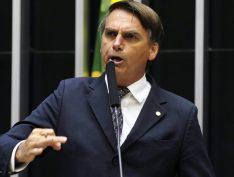 Bolsonaro alega compromissos familiares e não vai receber homenagem em MG