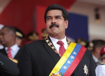 Venezuela derruba avião com registro dos EUA carregado de drogas