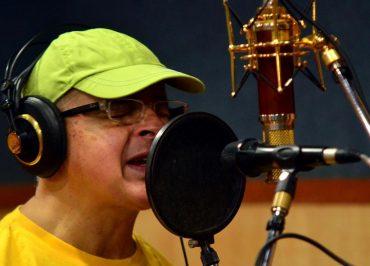 Compositor cearense Tiago Araripe lança nova canção em Portugal. Ouça aqui