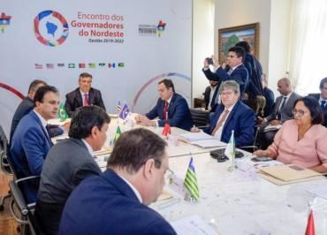 """Governadores lançam carta em repúdio após Bolsonaro chamar o Nordeste de """"Paraíba"""""""