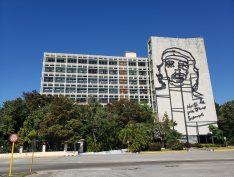 Unesco reconhece compromisso de Cuba com pesquisa científica em microbiologia