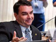 Flávio Bolsonaro usa fake news e faz tabelinha com Moro no Senado