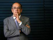 Ataques a Gilmar Mendes ganham força em grupos de WhatsApp de Bolsonaro