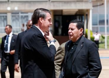 O mercado e a Globo já decidiram: vão trocar o capitão pelo general