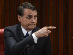 "Bolsonaro pretende tipificar o que chama de ""invasão"" de terras como terrorismo"