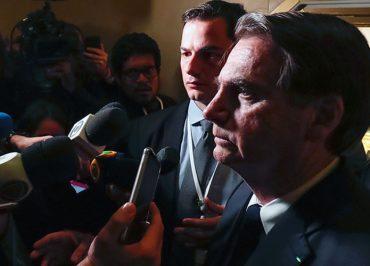 """Bolsonaro é """"prenúncio de período sombrio para a democracia e a liberdade de expressão"""", diz Repórteres Sem Fronteiras"""